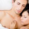 Dormir desnudos: ¿Qué beneficios trae para nuestra salud?