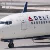 Láser impacta un avión comercial aterrizando en NY