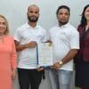 Dos jóvenes dominicanos reciben patente por dispositivo que evita robo de vehículos
