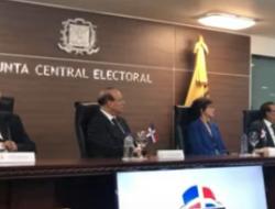 JCE le responde al ex-presidente Leonel Fernandez