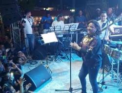 Milly Quezada extraordinaria presentacion en Fiestas Patronales de Bani.