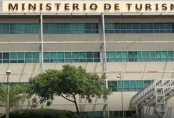 «República Dominicana lo tiene todo» seguirá siendo el eslogan Marca País, informa Turismo