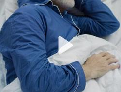 Cómo dejar de hablar mientras duermes