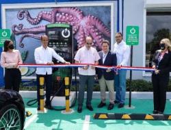 Instalarán estaciones de carga para vehículos eléctricos en todos los aeropuertos del país